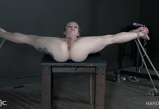 Flexi girl pussy fucked with toys just about overwhelming BDSM