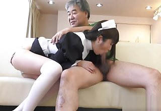 Yuuki Mayu in maid cosplay blowjobing a few dudes