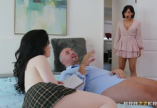 Evelyn Claire gets her tiny pussy banger by her friend's husband